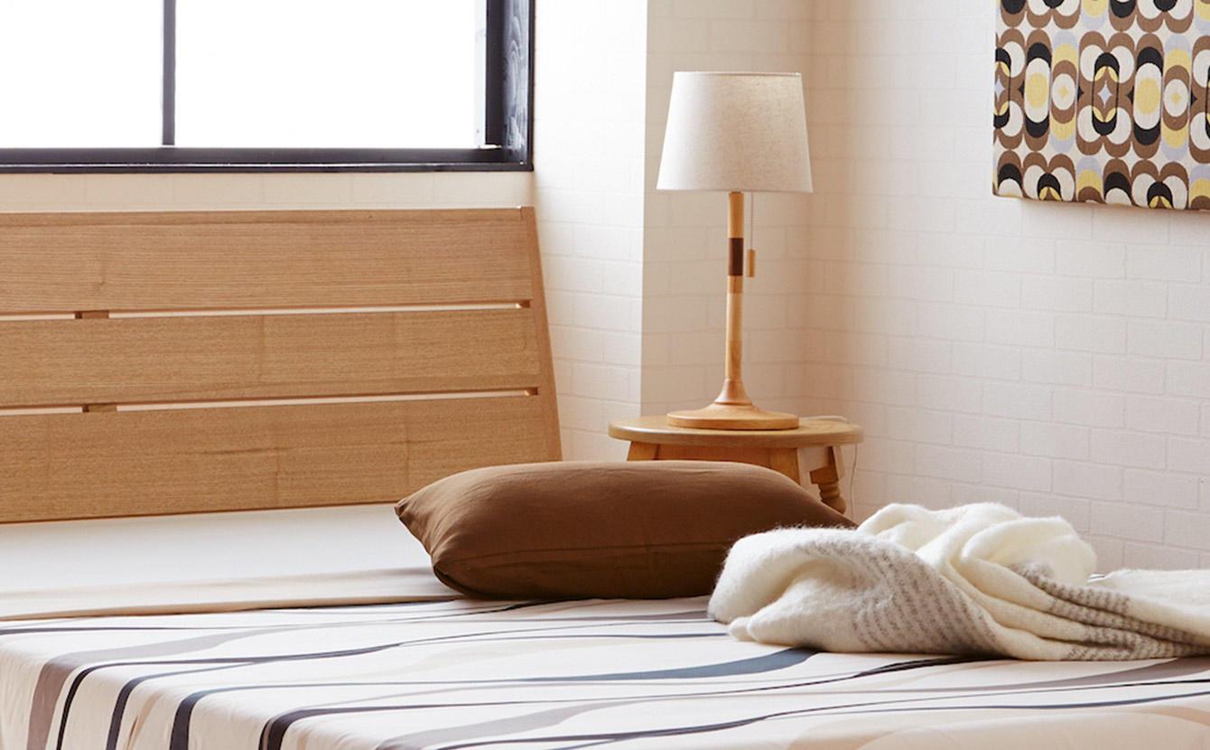 ベッドフレームの選び方と寝室のレイアウト。快適ポイントを徹底研究