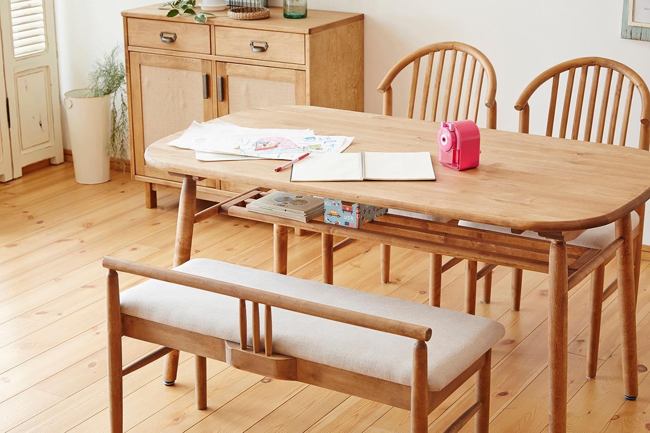 スペースを有効に。ダイニングテーブルで勉強する習慣をつける
