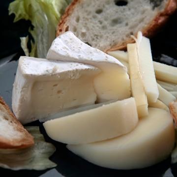奥出雲生乳を使った職人手作りチーズ3個セット