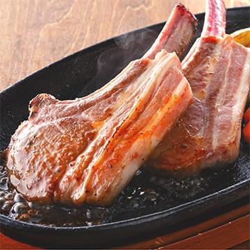 ラム フレンチラック(骨付きロース肉) ステーキソース付