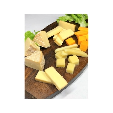 燻製屋チャコール (秋田)スモークチーズ味比べ